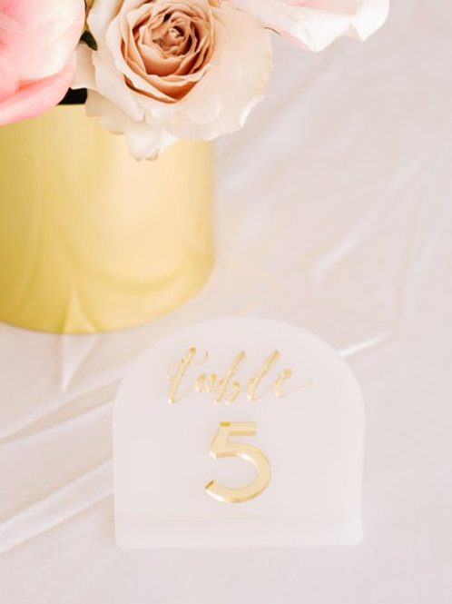 WHITE & GOLD TABLE NUMBERS