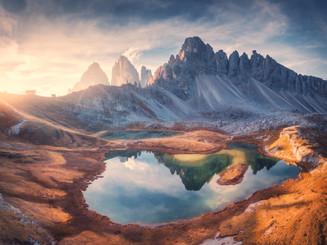 aerial-view-of-rocks-mountain-lake-refle
