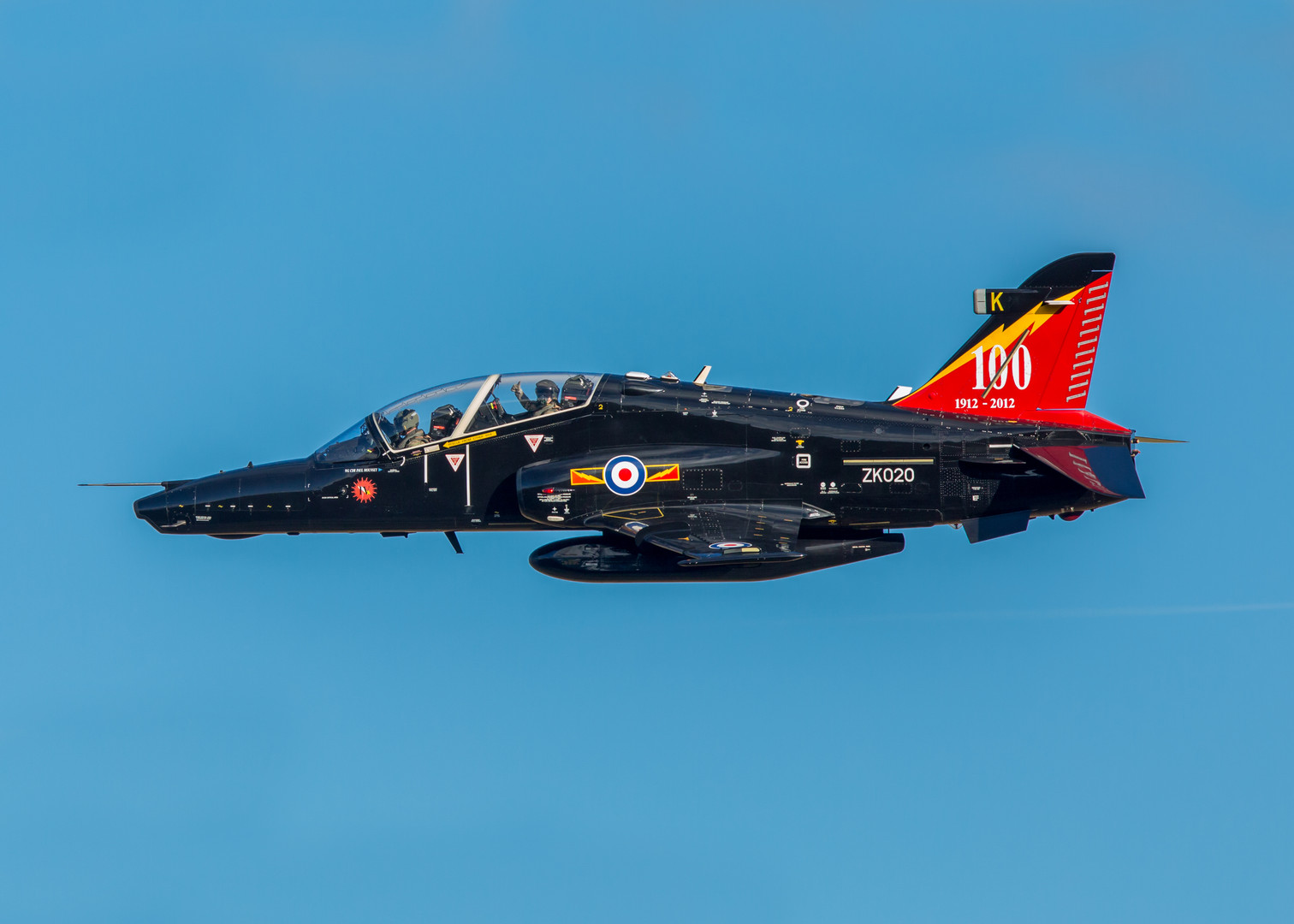 4 Squadron Hawk T2