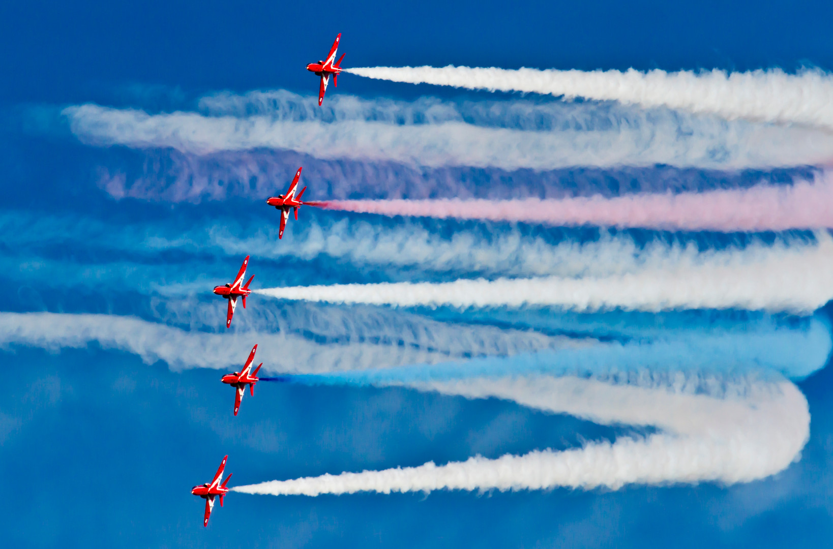 Reds round the bend