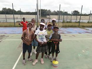 Wilson Gifts reach Future Ghana Tennis Stars!