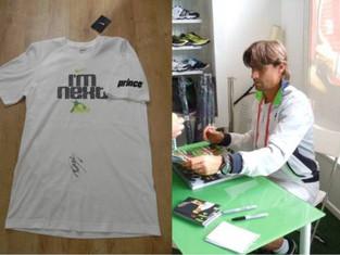 David Ferrer signed T-Shirt at Wimbledon!