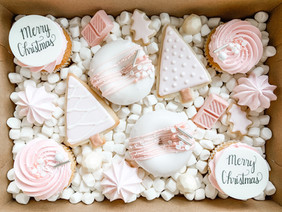 """""""Pretty in Pink"""" Christmas  TREAT BOX"""