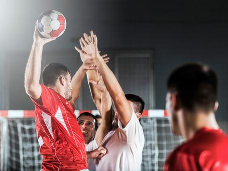 التنطيط في كرة اليد
