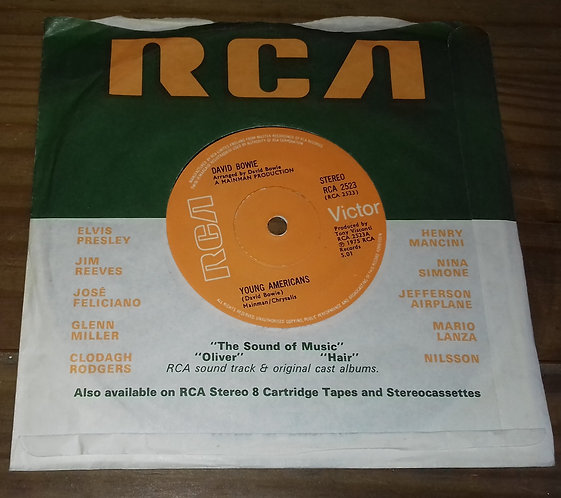 """David Bowie - Young Americans (7"""", Single, Sol) (RCA Victor)"""