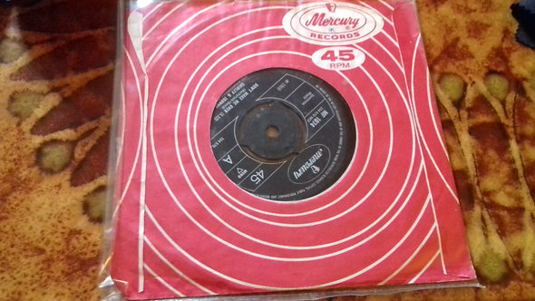 """Shirley And Johnny - Don't Make Me Over / Baby, Baby, Baby (7"""", Single) (Mercury"""