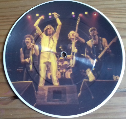 """Saxon - And The Bands Played On (7"""", Single, Pic, Whi) (Carrere)"""