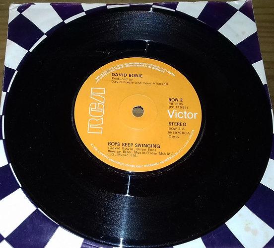 "David Bowie - Boys Keep Swinging (7"", Single, Sol) (RCA Victor, RCA Victor)"