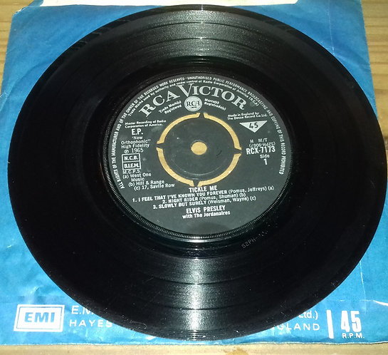 "Elvis Presley With The Jordanaires - Tickle Me (7"", EP) (RCA Victor)"