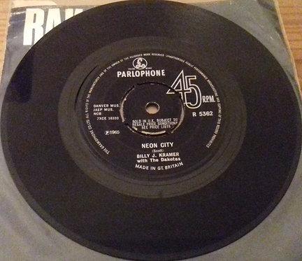 "Billy J. Kramer With The Dakotas* - Neon City / I'll Be Doggone (7"") (Parlophone"