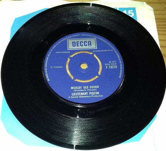 """Lieutenant Pigeon - Mouldy Old Dough (7"""", Single) (Decca)"""