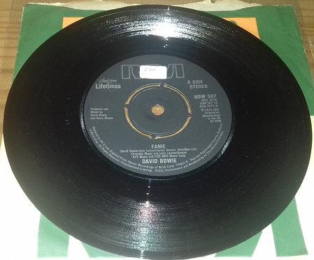 "David Bowie - Fame (7"", Single, RE) (RCA, RCA)"
