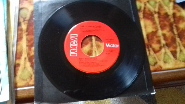 """The Youngbloods - Get Together / Darkness, Darkness (7"""", RE) (RCA)"""