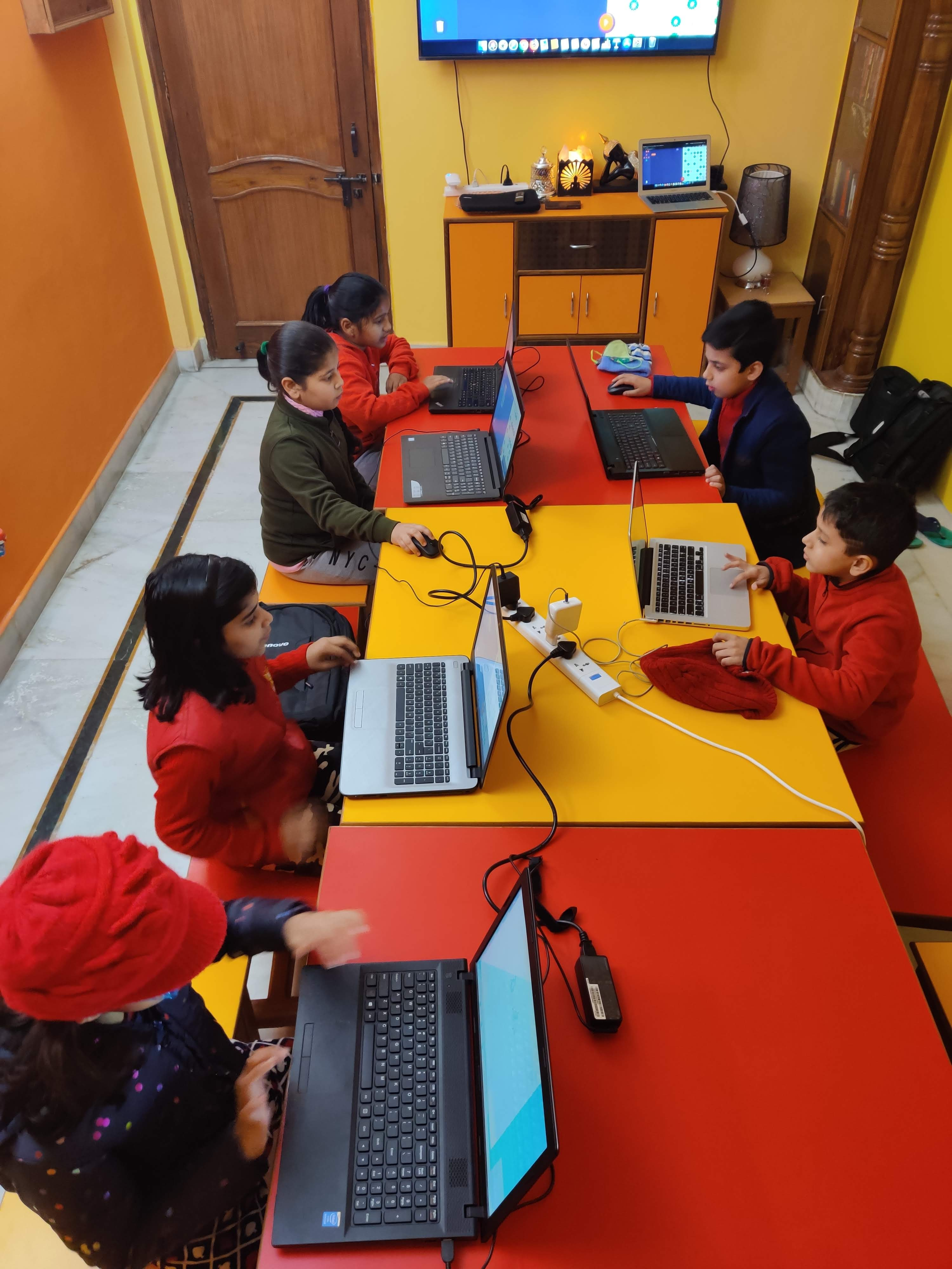Primary Coders Busy at CodeTigers