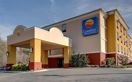 Comfort_Inn_and_Suites_Clinton_MS.jpg