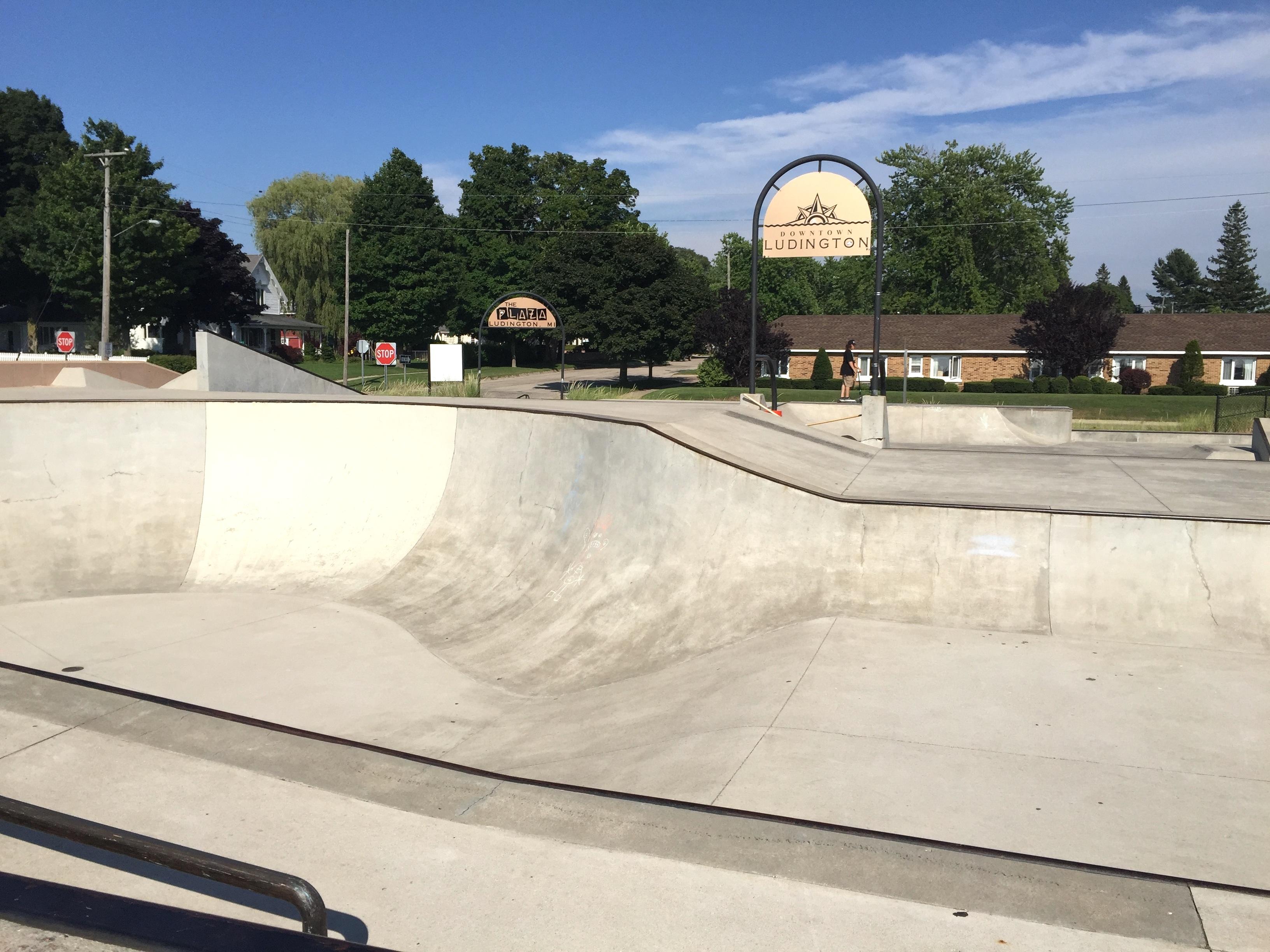 Plaza Skate Park