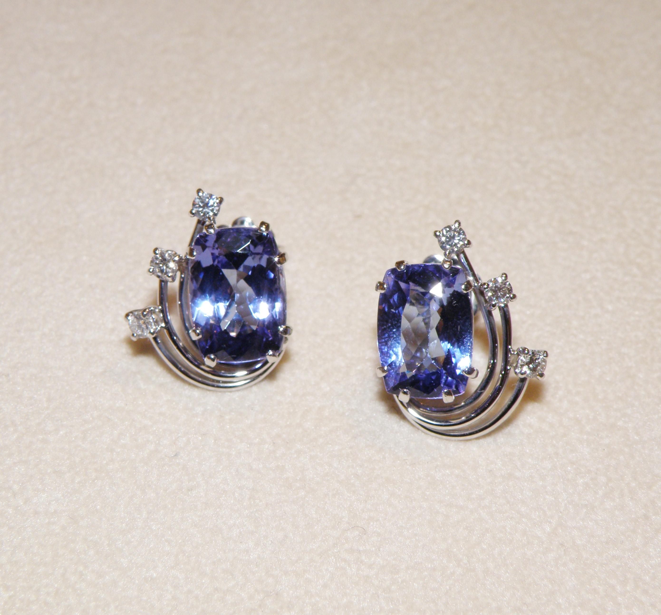 Orecchini con Tanzanite e Diamanti
