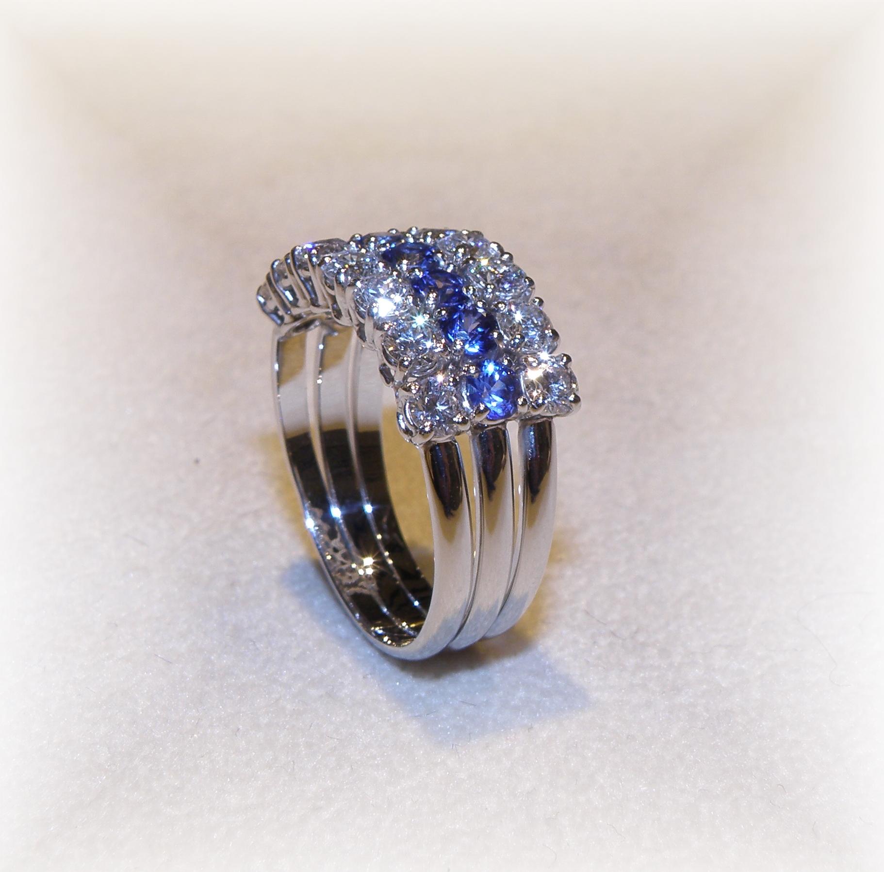 Anello  diamanti e zaffiri