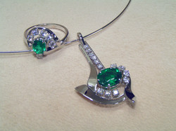 Anello e Pendente con Smeraldo