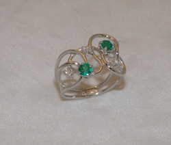 Anello con Smeraldi e Diamanti