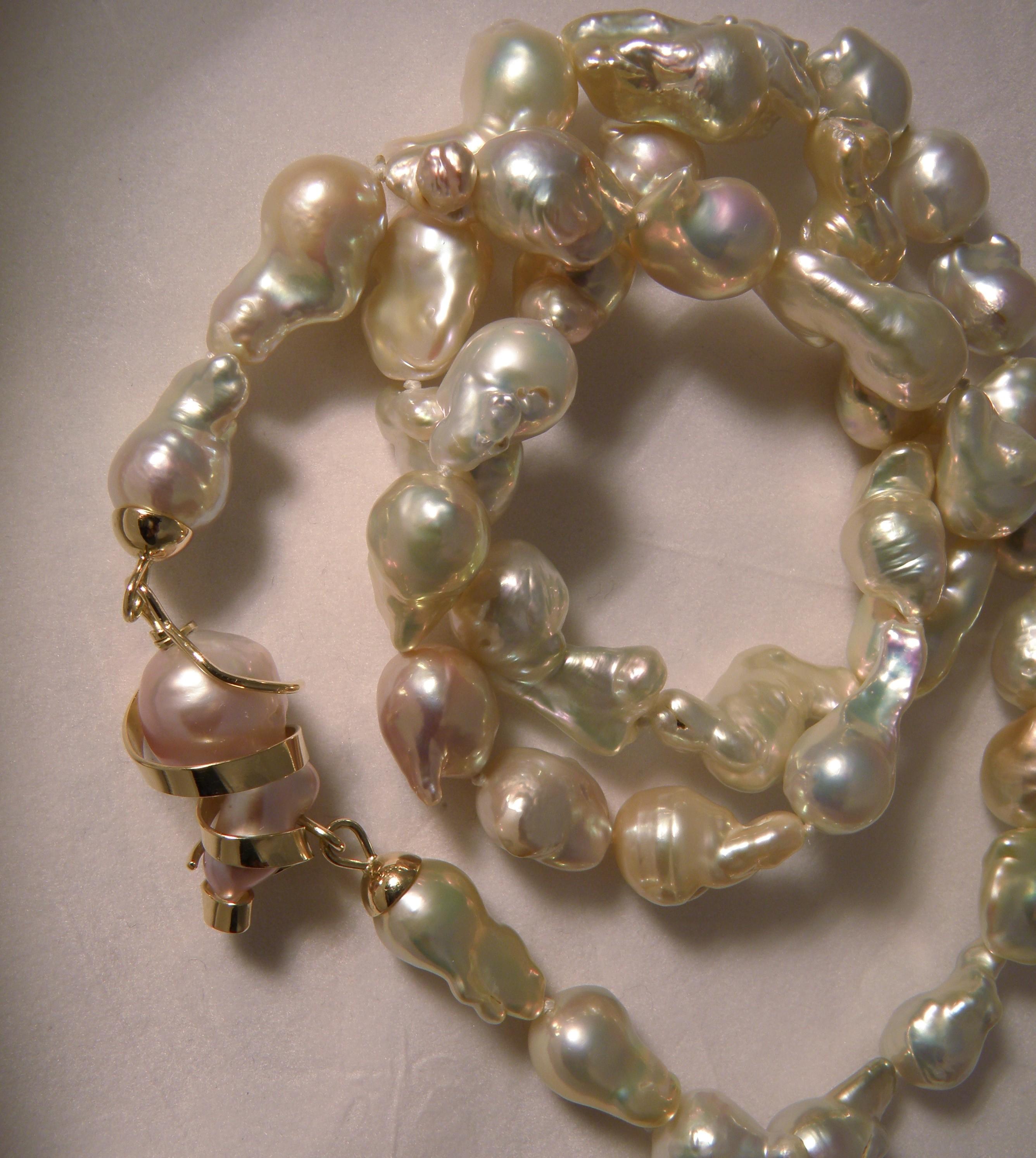 Collana di perle free form
