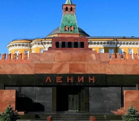 Mausoleo de Lenin, atractivo turístico y polémico