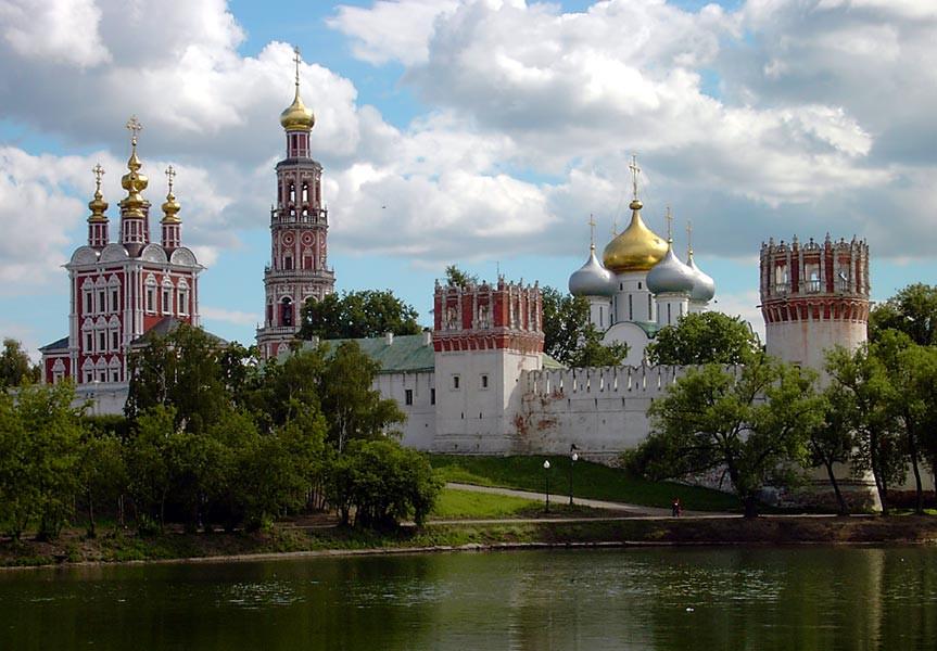 Cementerio y convento Novodevichy