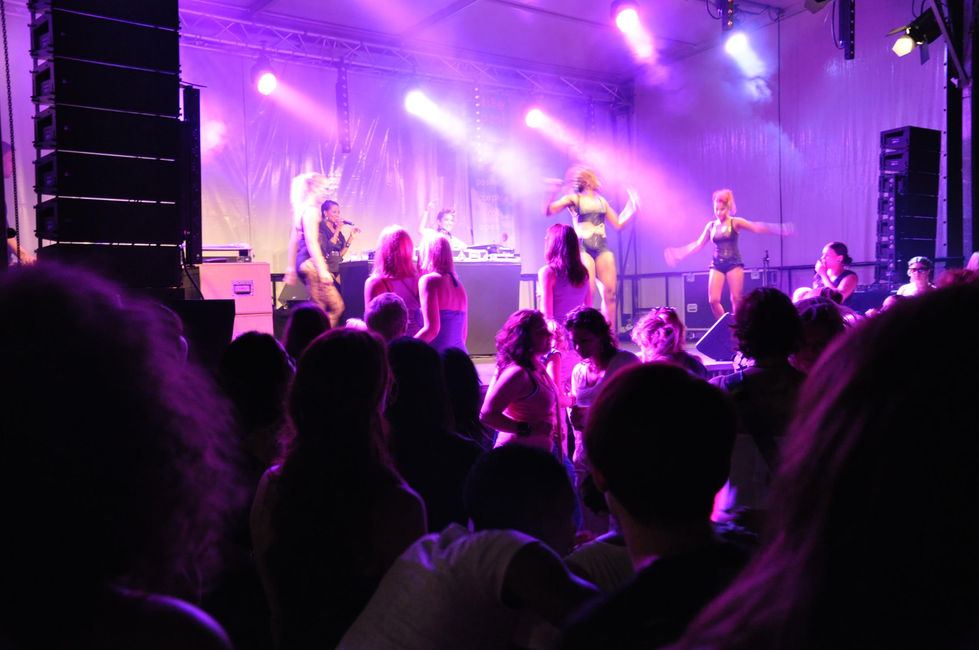 Festival 10