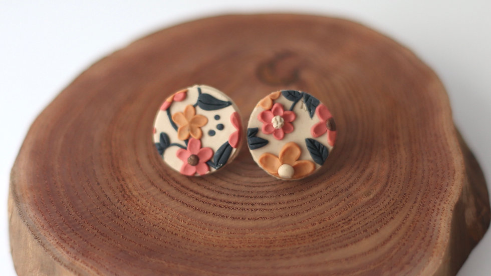 Claire Studs [Backorder]