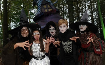 Witch-Trail---The-Halloween-Adventure-at-Stockeld-Park---Steve-Riding--720-.jpg