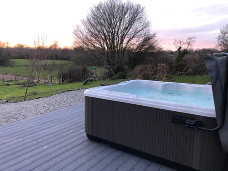 How your hot tub can benefit your mental health whilst isolating at home