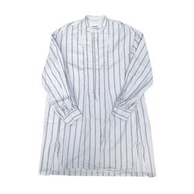 スタンドカラーロングシャツ