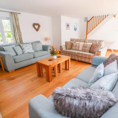 Scott's Cottage lounge