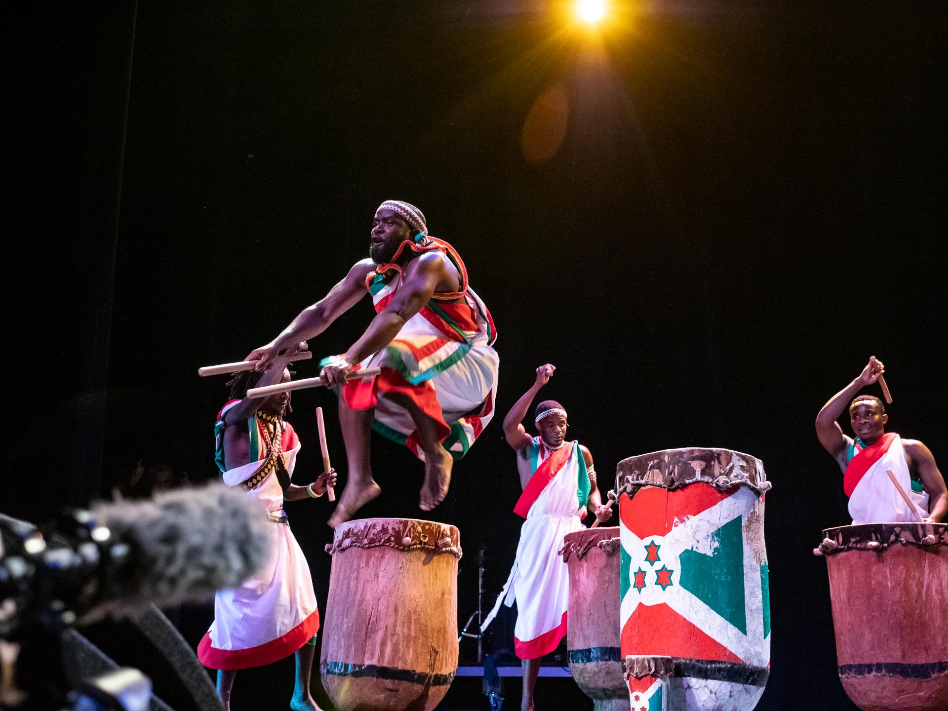 Tambours Bourundi_143.jpg