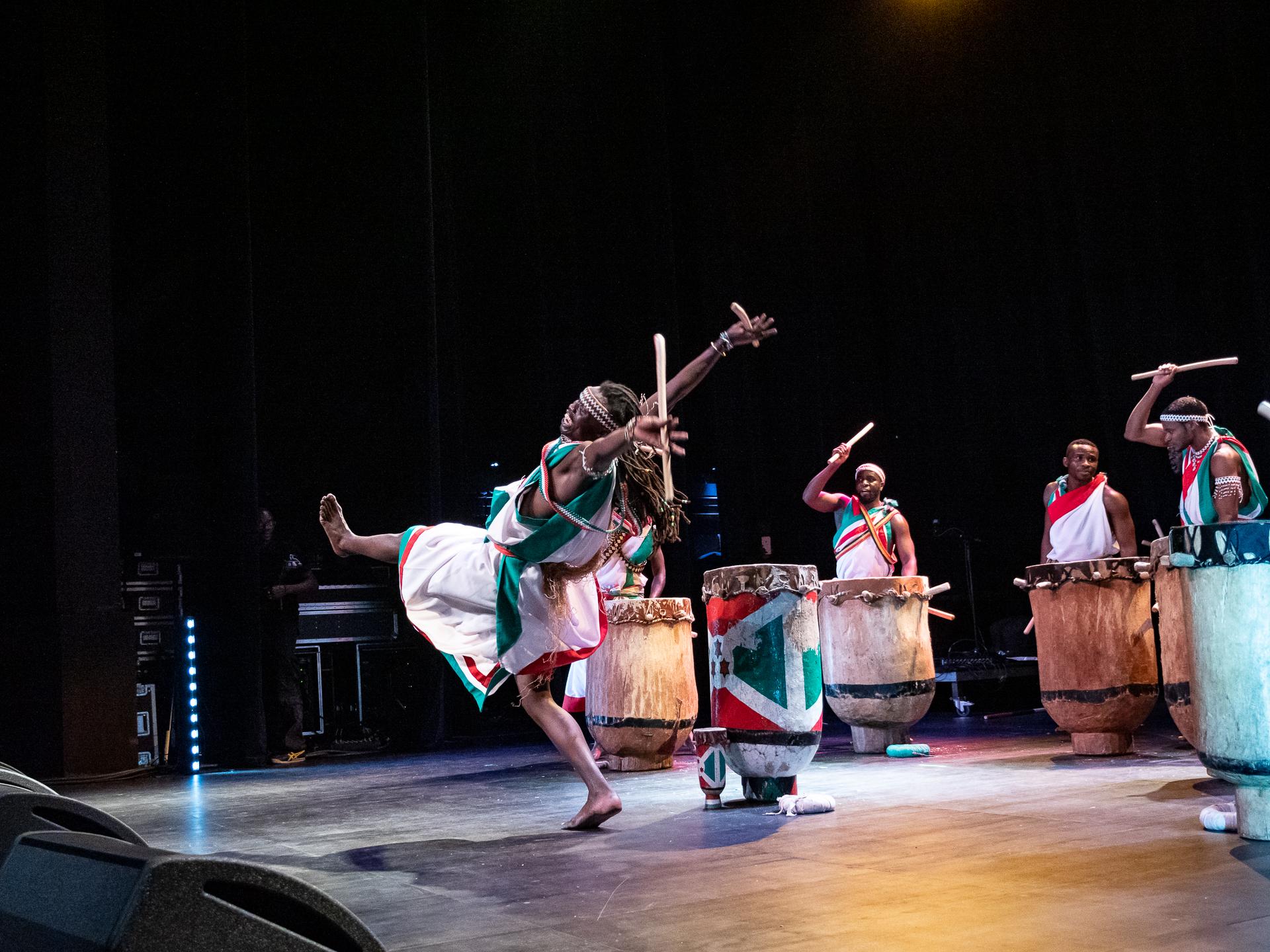 Tambours Bourundi_157.jpg