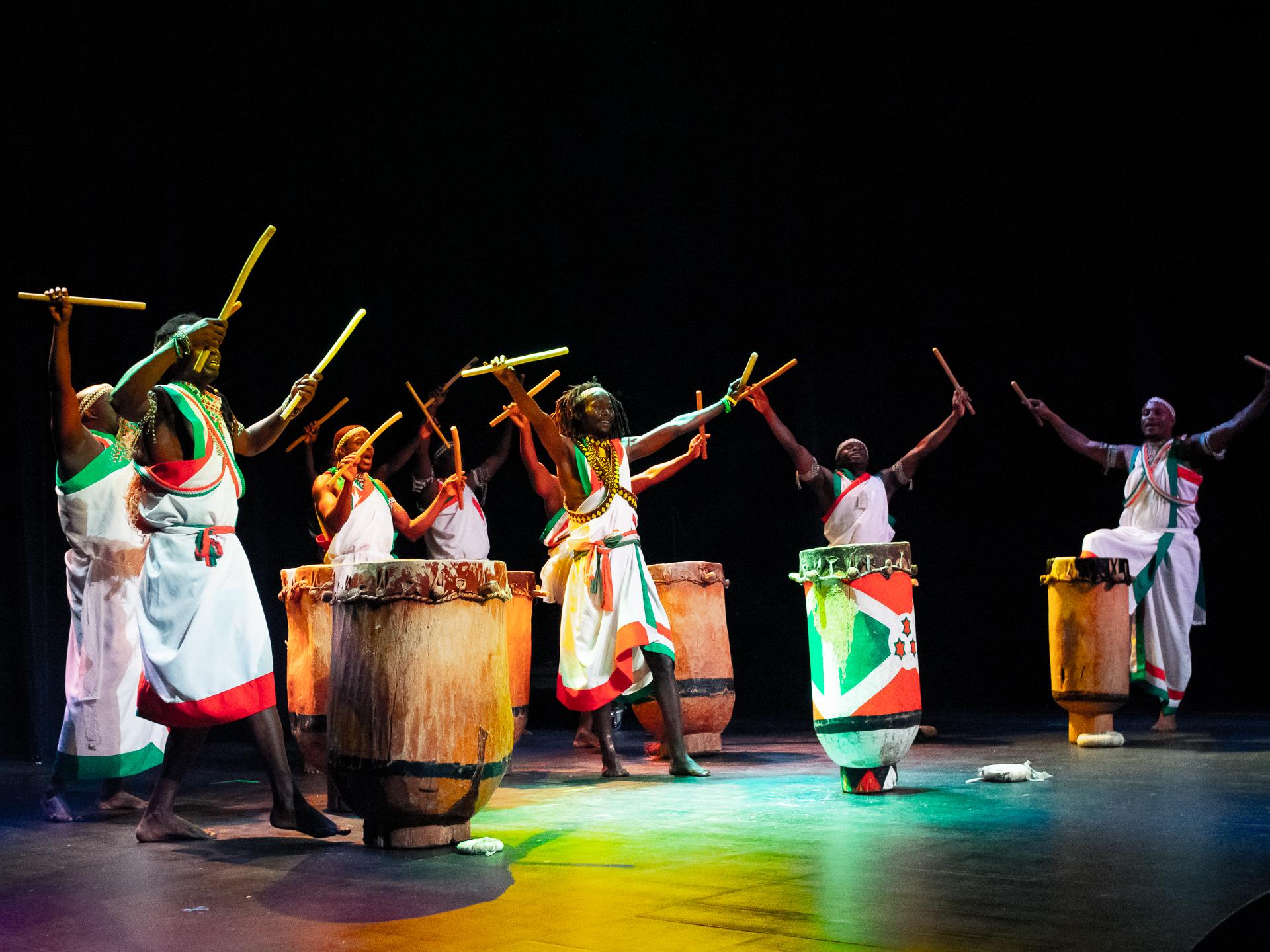Tambours Bourundi_125.jpg