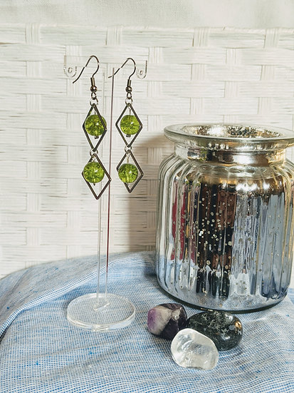 Green Glass Bead Square Earrings