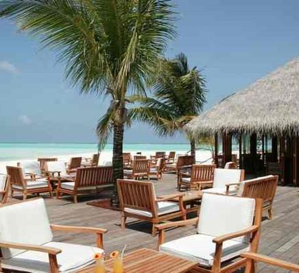 Meeru Island Resort4-compressed.jpg