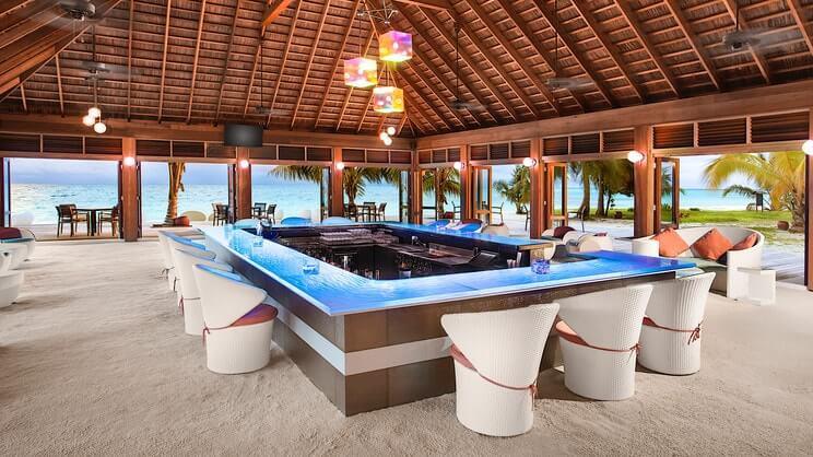 Meeru Island Resort5-min.jpg