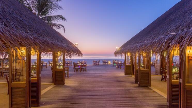 Meeru Island Resort3-min.jpg