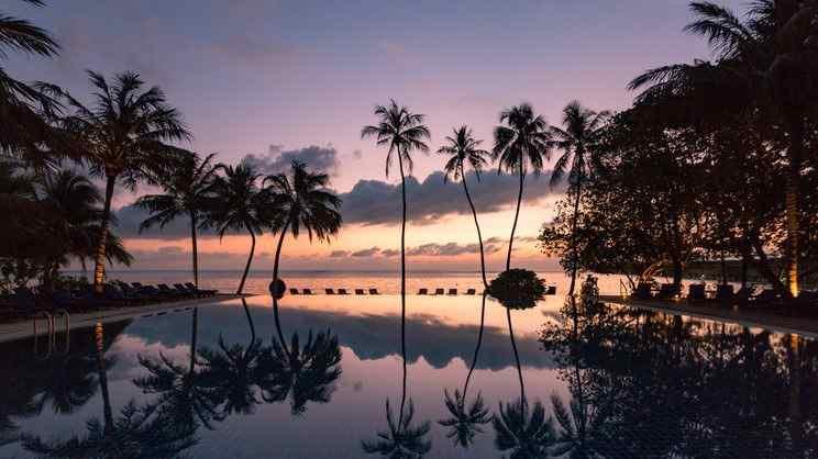 Meeru Island Resort2-compressed.jpg