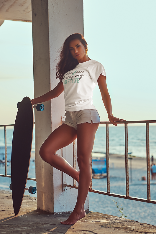 t-shirt-mockup-of-a-woman-with-a-longboa