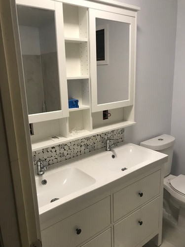 Double vanity and sink