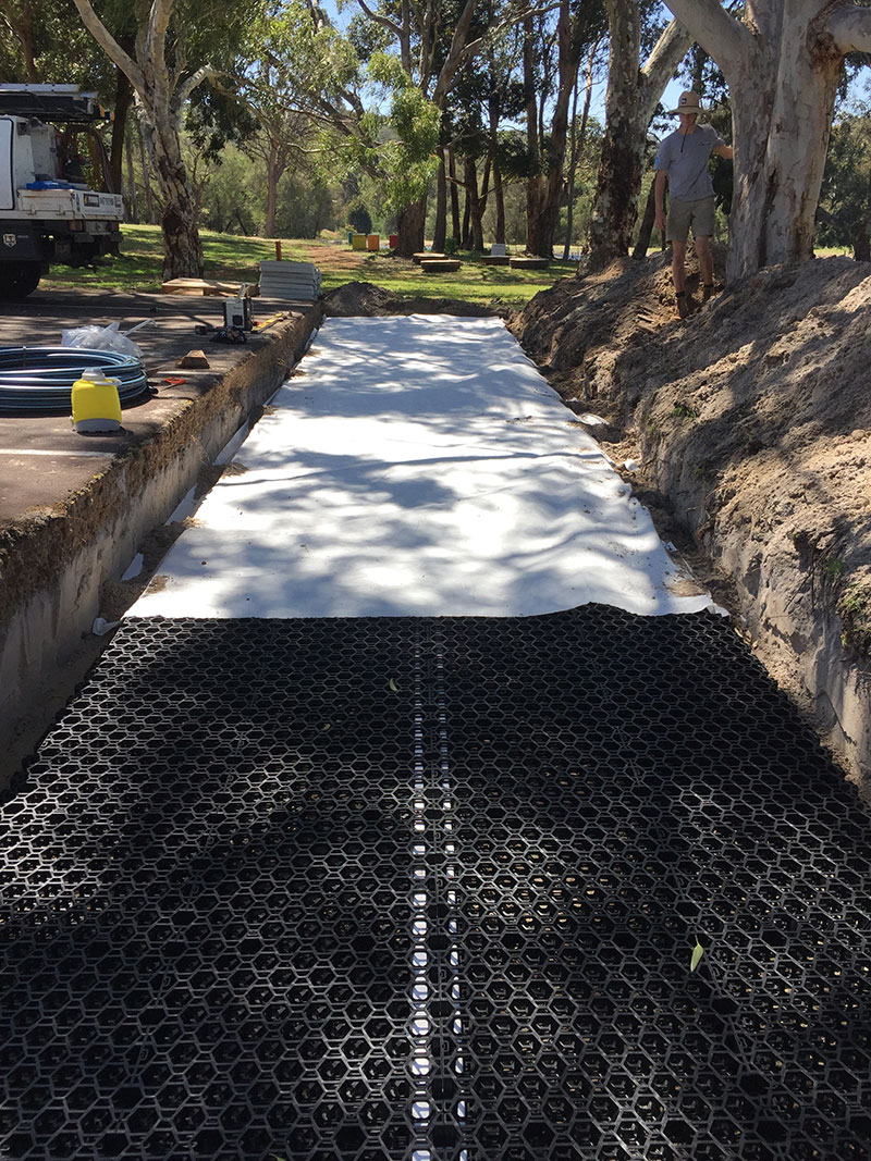 Flat Bed Leach Drains