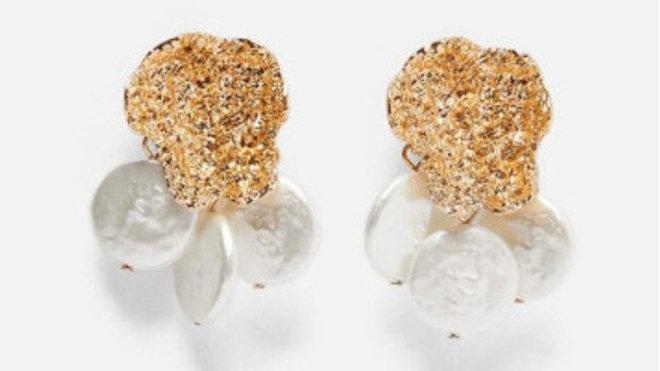 Brincos Rustic - Dourado com Peróla Tripla