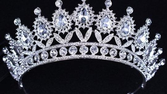 Coroa de Noivas em Pedrarias Zircônia Cúbica - Modelo Victoria