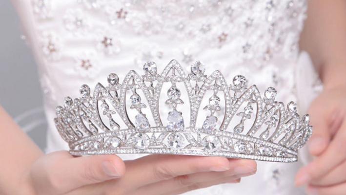 Coroa para Noivas em Cristal - Celine