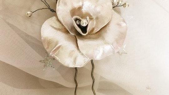Pin de Cabelo com Pérolas naturais cultivadas e porcelana fria