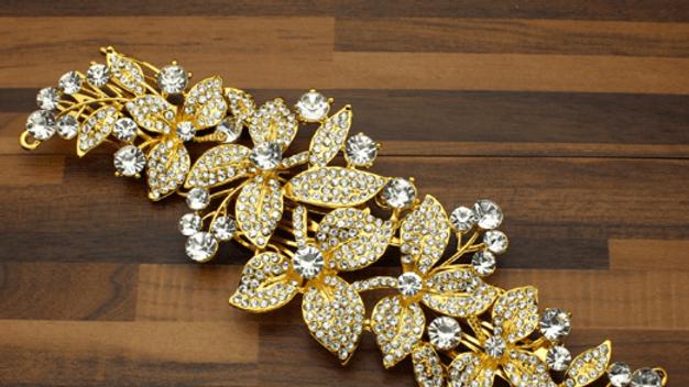 Pente de Noiva com folhas e strass em base prata - Universe Within Gold