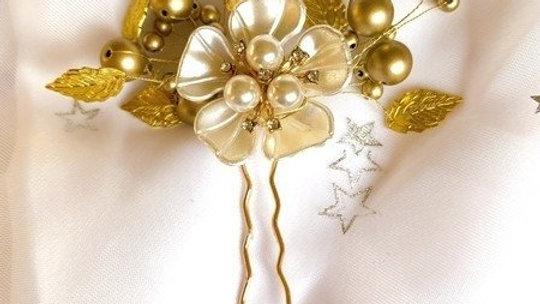 Pin de Cabelo - Dourado com flor em resina modelada